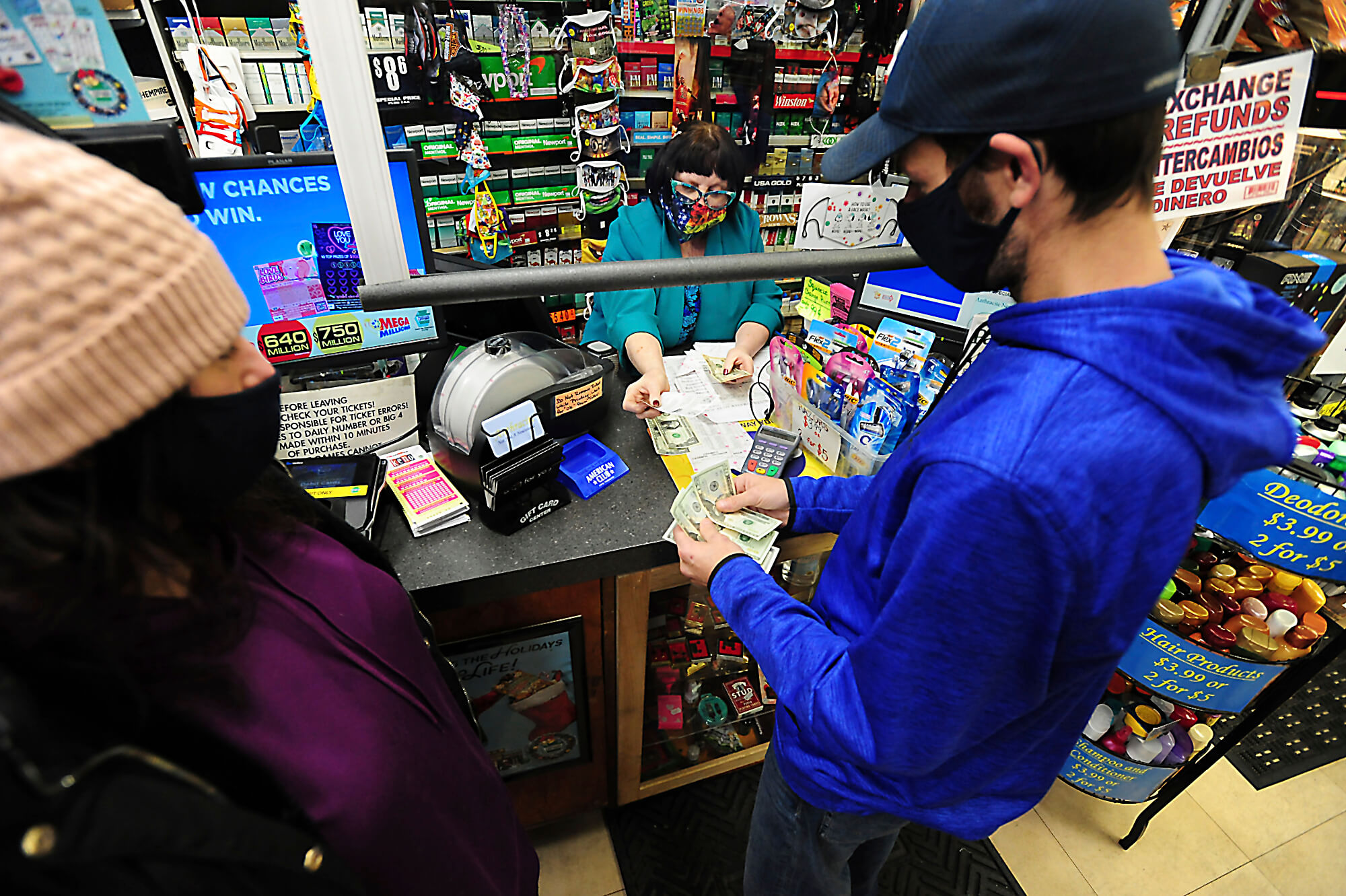 Powerball Jackpot to roll $730M while the Mega Millions races up to $850M