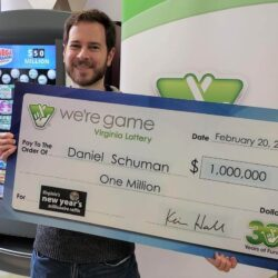 In the new year's lottery, 1Million won by an Arlington man